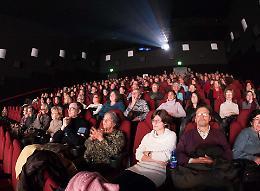 Anche al cinema tutti i posti sono occupabili: «Spazio sicuro e pieno di vita»
