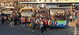 Piazzale dei pullman, a Cremona è una «bomba a orologeria»