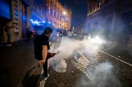 Scontri al corteo No pass a Roma, 4 arrestati