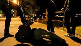 Imboscata e botte in piazza, identificati altri quattro picchiatori