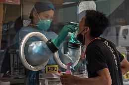 Covid: Cnn, Cina esaminerà campioni sangue del 2019 a Wuhan