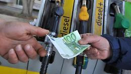 Il gasolio sfonda la soglia di 1,6 euro/litro