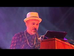 VIDEO Cremona, Samuel in concerto a Porta Mosa