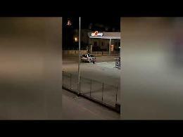 La banda dei distributori: il video dell'assalto