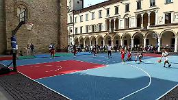 Quando il basket si gioca in piazza Duomo, nel cuore della città