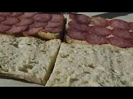 VIDEO Il panino al salame di 10 metri preparato a Cremona