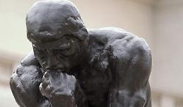 Con 'La domanda del senso dell'esistere' Carrara legge l'inquietudine del presente