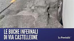 Strade dissestate: in via Castelleone buche infernali