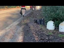 VIDEO San Nazzaro, una mamma e sei adolescenti ripuliscono il paese