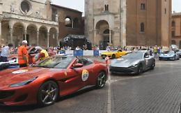 Mille Miglia, il rombo dei motori scaldano Cremona