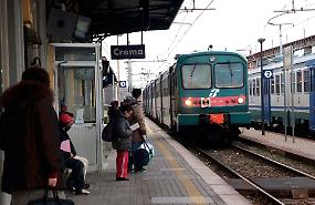 Caos treni, scambio ko. Collegamenti interrotti con Milano