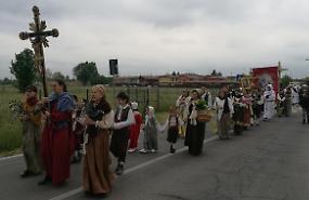 Tradizione e culto, in 1.500 in pellegrinaggio a Caravaggio