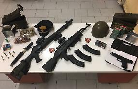 Gira armato in golena, arrestato 57enne