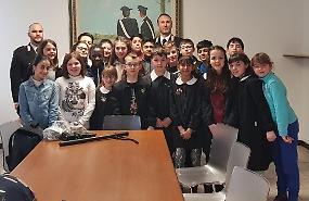 Progetto 'Cultura e legalità', incontro in caserma con gli studenti