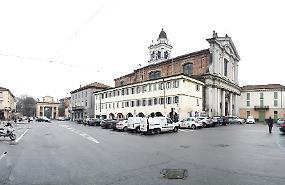 Piazza Garibaldi: riqualificazione salva-parcheggi