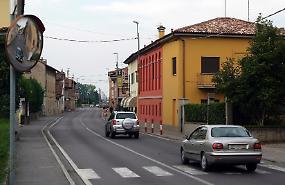 Troppi incidenti, autovelox fisso in via Roma