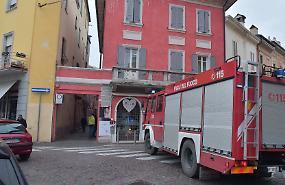 Malfunzionamento a una caldaia, allarme: pompieri e tecnici al lavoro