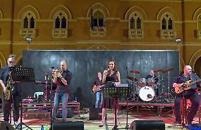 Piazza Spagna, sul Listone festa con la «Ciuma Explosion Band»