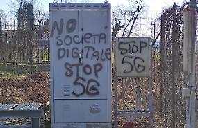 Rogo al ripetitore telefonico, in azione i complottisti del 5G