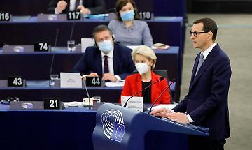 La Polonia fa marcia indietro, 'le parole del premier sono un'iperbole'