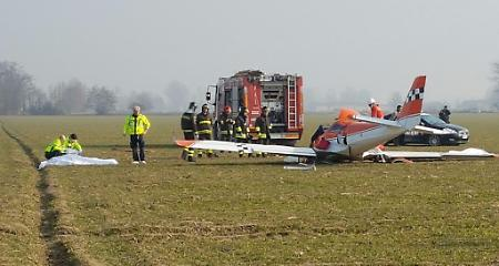 CREMONA INCIDENTE AEREO - Precipita ultraleggero, due morti