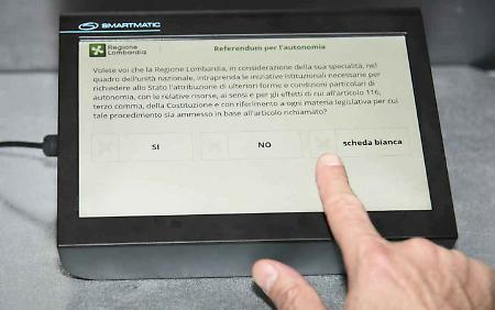 Lombardia autonoma domenica 22 debutta il voto elettronico