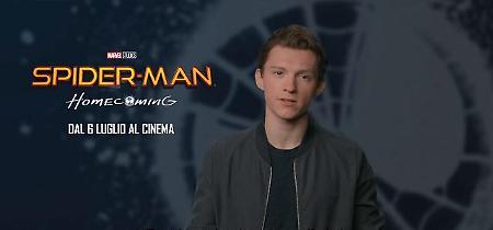 """Tom Holland, il nuovo Spider-Man contro il bullismo: """"C'è un supereoe in ognuno di noi"""""""