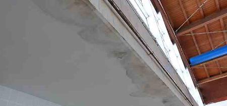 FOTO La piscina comunale di Cremona prima dei lavori di manutenzione