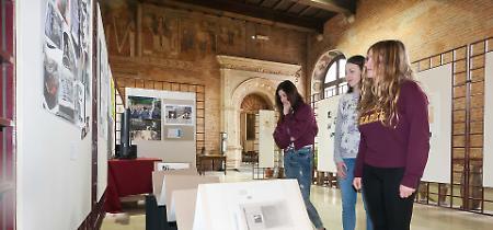 FOTO Viaggio della memoria 2018: i lavori degli studenti esposti nel Comune di Cremona