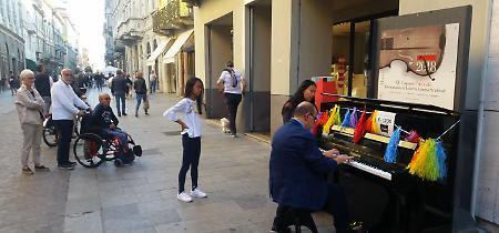 FOTO 'Suonami! Piazza che vai, pianoforte che trovi' a Cremona