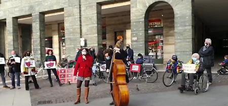 VIDEO La manifestazione dei lavoratori dello spettacolo
