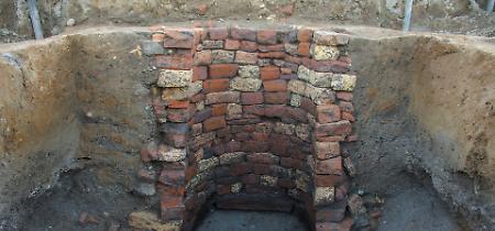 FOTO I particolari del pozzo di età tardoantica riaffiorato a Fiesco