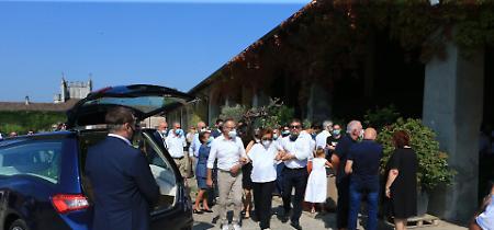 FOTO Il funerale di Ettore Cabrini alla cascina Mancapane