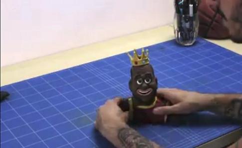 Da Milano all'Nba, le mascotte dell'artista della plastilina scovato sul web