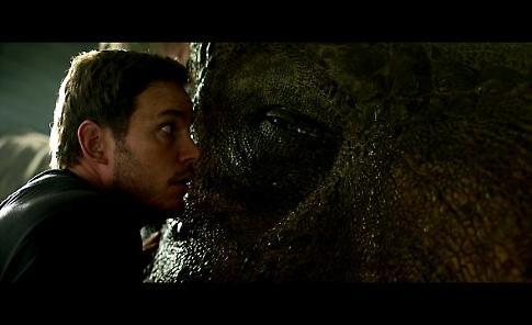 Le prime immagini di 'Jurassic World: Il regno distrutto'