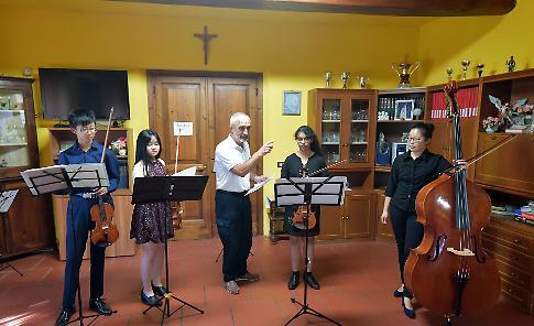 VIDEO 1 Concerto degli studenti dell'International Festival alla Casa giardino