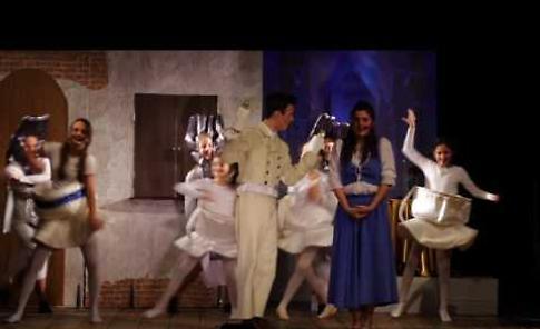 VIDEO Beauty & The Beast il trailer dello spettacolo della Compagnia Dell'Ago