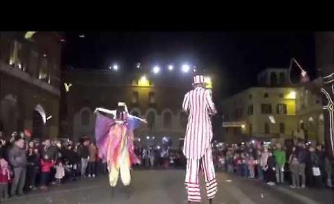VIDEO Festa del Torrone a Cremona sabato 17 novembre, la città subito presa d'assalto
