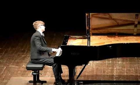 VIDEO Il recital di Pavel Kolesnikov al Comunale