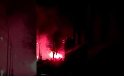 VIDEO Il lancio delle bombe carta alla festa dei coscritti