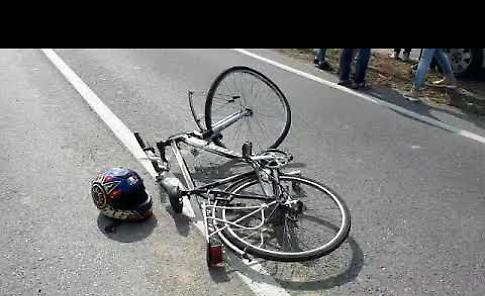 VIDEO Incidente mortale: coinvolte una moto e una bici
