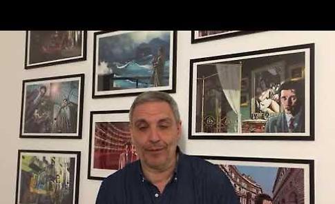 VIDEO Lo scrittore Maurizio De Giovanni lancia l'ultimo appuntamento della rassegna
