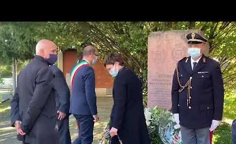 VIDEO Commemorazione  in ricordo dell'agente di polizia Stefano Villa