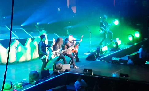 VIDEO Helloween in concerto a Stoccarda 5
