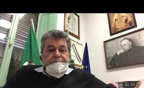VIDEO Coronavirus, il sindaco di Bozzolo Torchio ricorda Barbara Bonesi e don Alberto Franzini