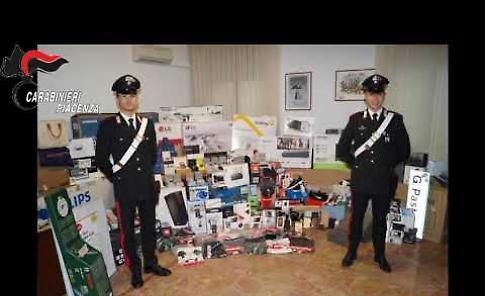 VIDEO Ammanchi nel magazzino logistico per 10 milioni di euro