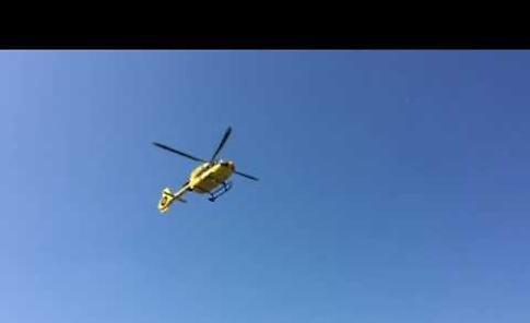 VIDEO L'intervento dell'elisoccorso dopo lo scontro tra auto e scooter a Casalmaggiore