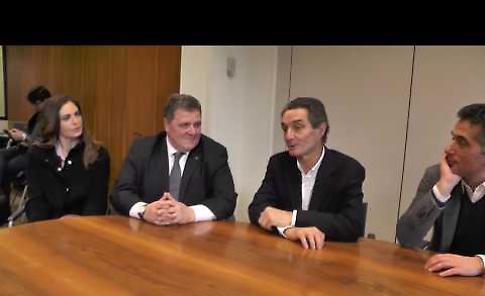 VIDEO Regionali 2018, il candidato di centrodestra Fontana intervistato nella redazione de La Provincia