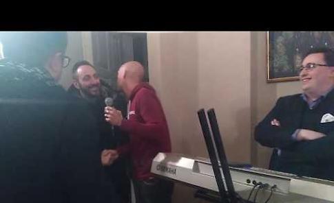 VIDEO Gianmarco Tognazzi a Cremona presenta i vini La Tognazza nella cassa natale di Ugo
