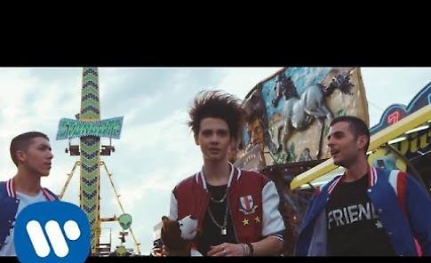VIDEO Thomas - Non te ne vai mai (Official Video)